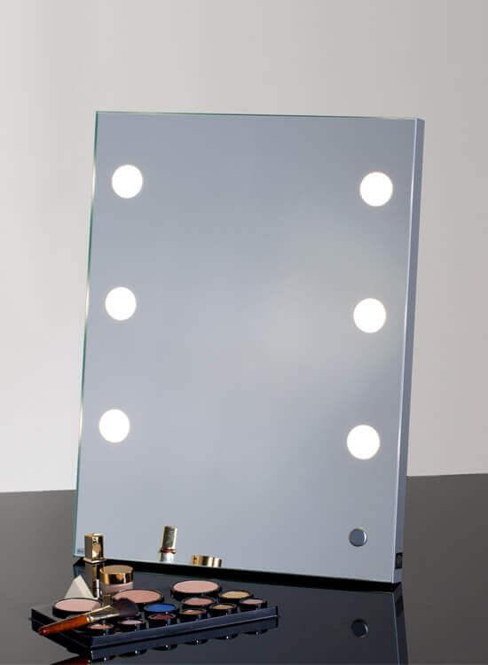 Specchi Professionali Per Trucco.Specchi Make Up Con Luci Cantoni Per Truccatori