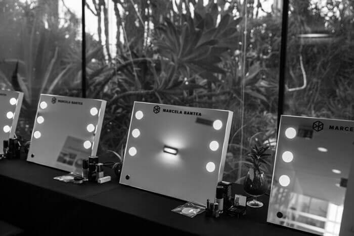 Specchi Professionali Per Trucco.Mde Table Specchi Con Luci Portatili E Personalizzabili Ideali Per